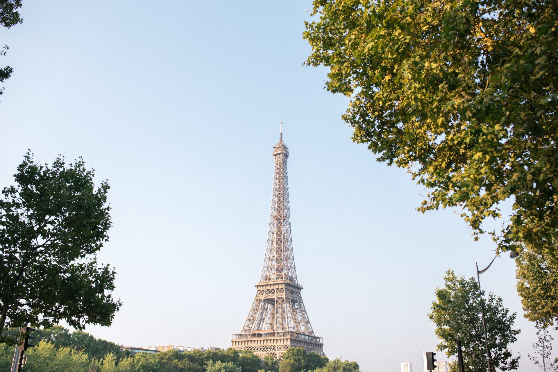 Eiffel Tower | From Paris, With Love: The Perfect Parisian Weekend Guide (+ the cutest Airbnb!) | SarahMichiko.com